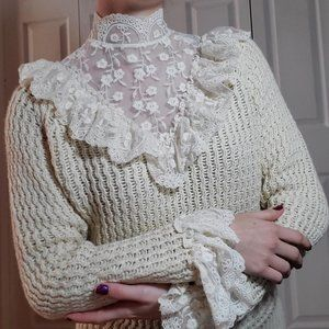 Zara knit sweater lace high neck collar & ruffled sleeves - cream sweater
